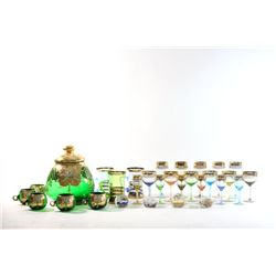 Lot of Venetian glassware and paperweights