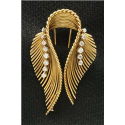 18kt yellow gold clip with twin feathers