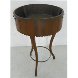 Continental walnut planter ca. 1820