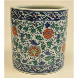 Doucai Chinese porcelain brushpot