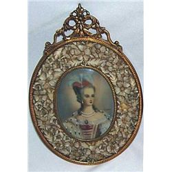 BEAUTIFUL CARVED FLOWERS FRAME HANDPAINTED MINIATURE PO