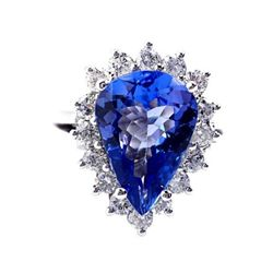 MWF271 Tanzanite & Diamond Ring