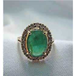 Gorgeous oval Emerald and Diamond Ring RP8081D
