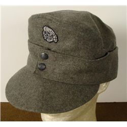 REPRODUCTION SS M-43 CAP DEATH HEAD INSIGINA