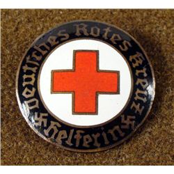 GERMAN WWII ORIGINAL RED CROSS MEMBERSHIP BROOCH
