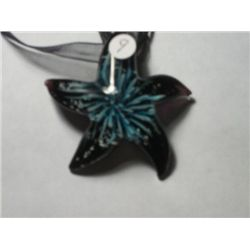 MURINO TYPE GLASS STARFISH WITH FLOWER INSIDE