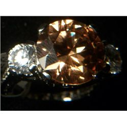 CHAMPAGNE TOPAZ SIMULATED WHITE DIAMOND RING SIZE 8