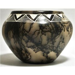 Acoma Pueblo Triangles Etched Horsehair Pottery - Gary Yellow Corn Louis