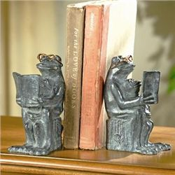 Reading Frog Bookends