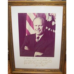 GERALD FORD SIGNED PICTURE & HAND WRITTEN LETTER.