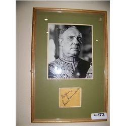Sir Ralph Richardson Signed cutout & picture. framed