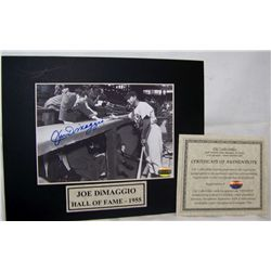 JOE DiMAGGIO AUTOGRAPHED PHOTO & MAT W/ C.O.A from CSC Sports