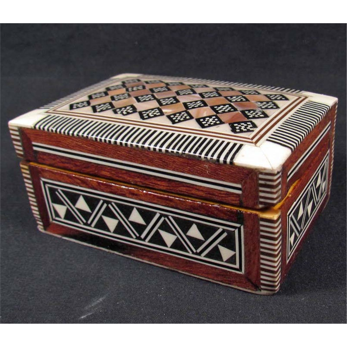 EGYPTIAN JEWELRY BOX INLAID W MOTHER OF PEARL