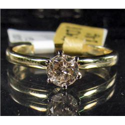 69231 - 14K GOLD LADIES DIAMOND RING - SIZE 7.5
