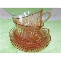 5 pc Queen Mary pink - 2 cups & 3 saucers
