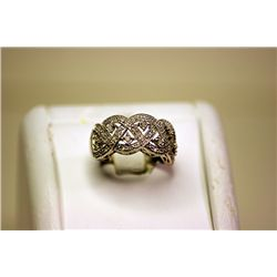 Lady's Fancy 14kt White Gold Antique Design Diamond Ring