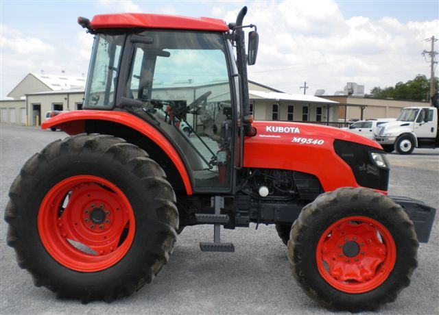 2007 kubota m9540d 4x4 farm tractor j m wood auction company inc. Black Bedroom Furniture Sets. Home Design Ideas