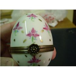Authentic hand painted Egg Limoges box signed by artist