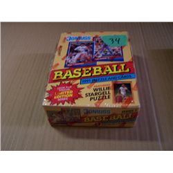 1 Box DONRUSS Baseball Cards
