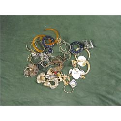 Gigantic Lot of Costume Jewlery - Earrings only
