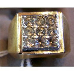 Men's 14Kt Gold Ring with 8 Diamonds