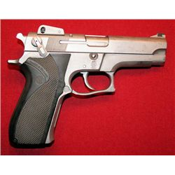 Smith & Weston handgun, Model 5906