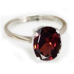 Natural 3 ctw Garnet Oval .925 Sterling Silver Ring