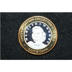 "Sam's Town Robinsonville MS Limited Edition Two-Tone $10 Gaming Token ""Marilyn Monroe"" Limited Editi"