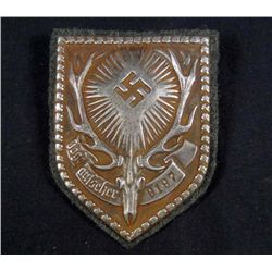GERMAN NAZI HUNTING LICENSE BADGE W/ GREEN WOOL BACKING