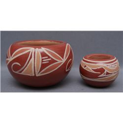 TWO SANTA CLARA POTS   (FREE SHIPPING THIS AUCTION ONLY!!!)