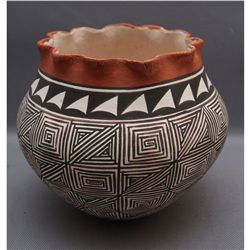 ACOMA POTTERY JAR   (FREE SHIPPING THIS AUCTION ONLY!!!)