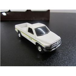 Ertl 2507U  John Deere - 1/64th Scale Dodge Truck