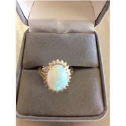 OPAL & DIAMOND 14K GOLD LADIES RING
