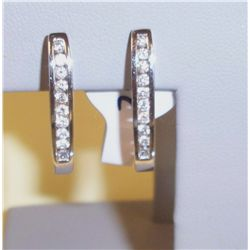 20 Stone White Gold Diamond Eearings
