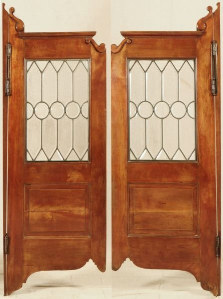 ... Image 2 : Antique Saloon Doors With Leaded Glass - Antique Saloon Doors With Leaded Glass