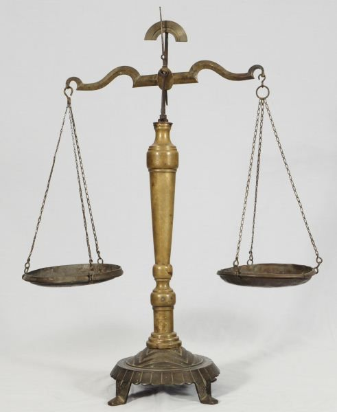 Old Fashioned Weighing Scales For Sale
