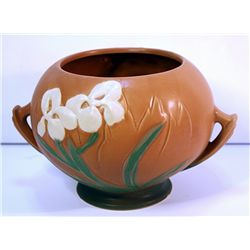 Roseville Porcelain Pot