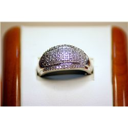 Beautiful Unisex 14kt White Gold Diamond Ring