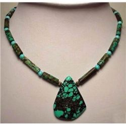 High quality Turquoise Pendant and Bead Necklace MWF173