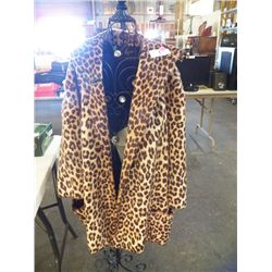 Vintage Leopard Style Fur Coat/ David Levinston