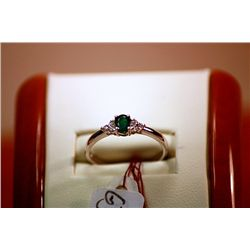 #128 - Fancy Ladys Columbian Emerald Ring