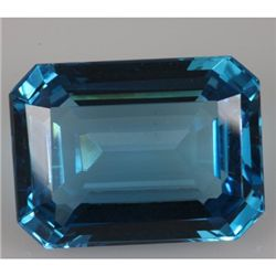 Natural Blue TopazEmerald Cut1 pc per lot31.44ctw