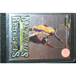2001 NBA Topps Maximus Rejectus Shaquille O'Neal-Los Angeles Lakers Basketball Card