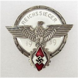 GERMAN NAZI REICHSSIEGER HITLER YOUTH 1939 BADGE