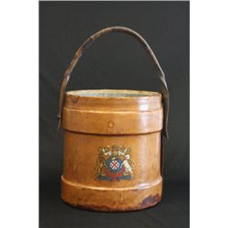 Leather bucket with strap handle