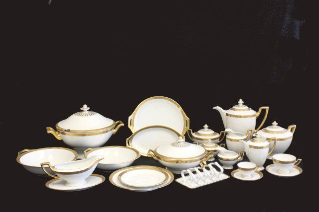 Thomas Bavaria dinnerware set. Loading zoom & Thomas Bavaria dinnerware set