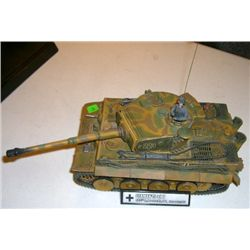 Model Tank stamped *2003 UNIMAX TOYS* German Tiger I Tank 1/16 Scale!!