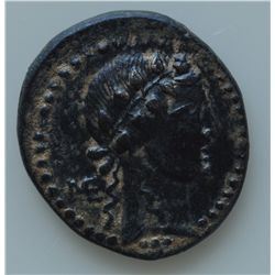 Augustus (27 BC - 14 AD) - AE-20 Apamea, Syria 9-8 BC. Obv: Bare head of Dionysus with ivy wreath r.