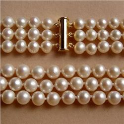 Stunning THREE STRAND GENUINE AKOYA WHITE PEARL NECKLAC
