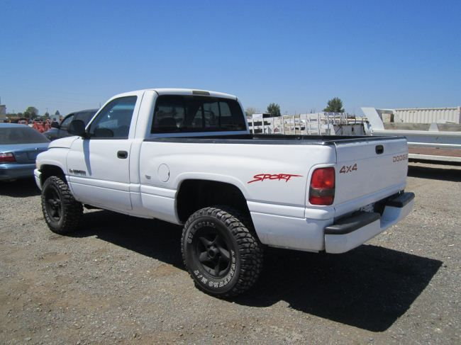 1998 dodge ram 1500 sport 4x4 pickup truck. Black Bedroom Furniture Sets. Home Design Ideas